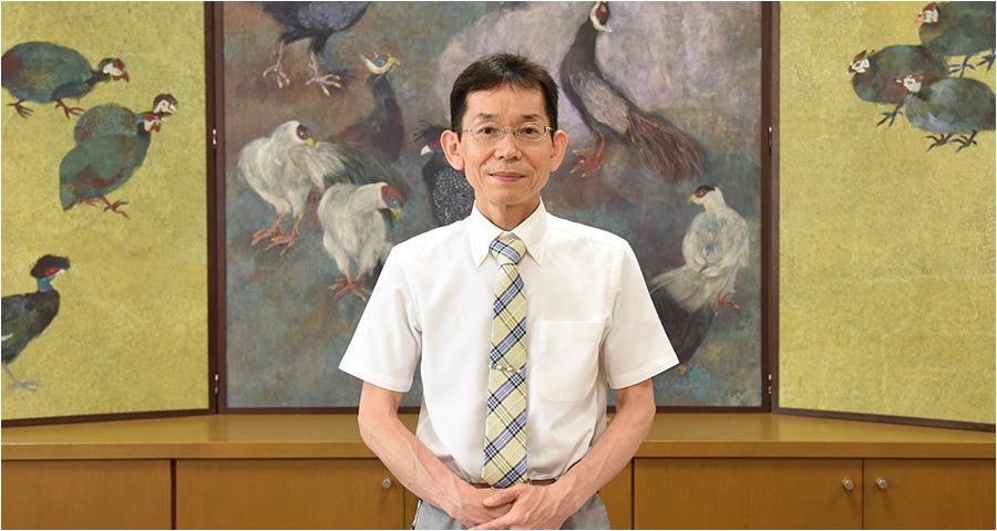 副校長/図書館長 芳田克巳先生